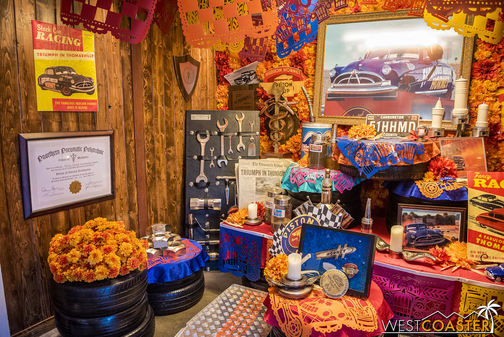 There's an  ofrenda  inside for Doc Hudson.