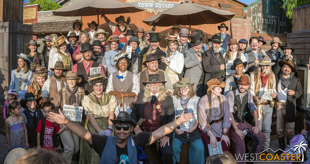 A group photo of the entire cast (or just about) on the final day of Ghost Town Alive! 2018.