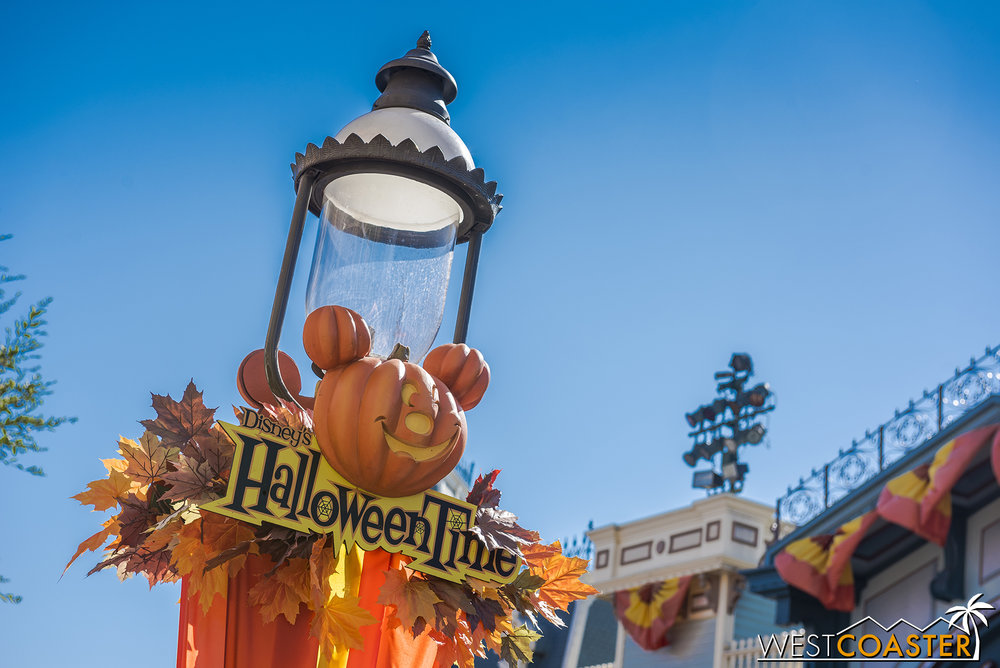 On Main Street, we see familiar decorations.