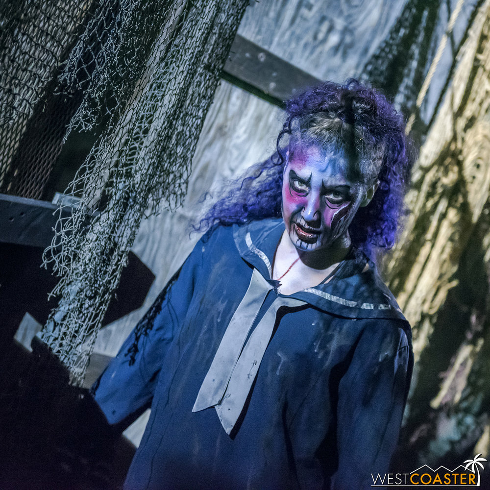 DarkHarbor-18_1002-B-Deadrise-0013.jpg