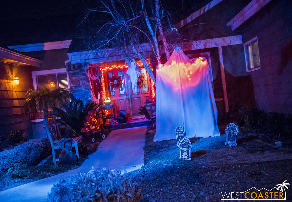 The front yard of Murder House Productions features an homage to last year's Trick 'R Treat haunt.