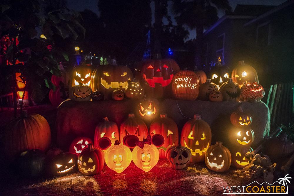SpookyHollows-18_1031-0025.jpg