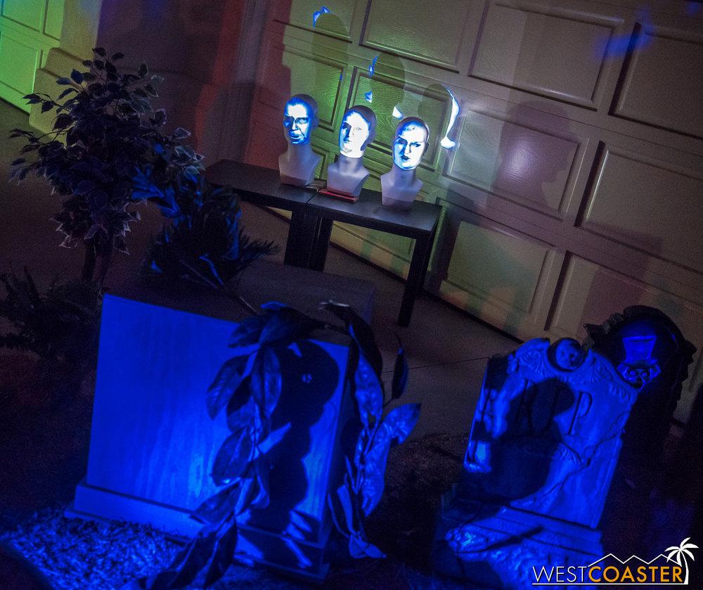 HauntedMansionHaunt-18_1112-0002.jpg