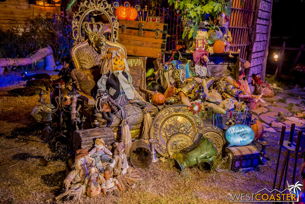 The treasure from the Halloween Pirates of the Caribbean overlay is still present, but pumpkins and other autumn elements have been incorporated into the setup.