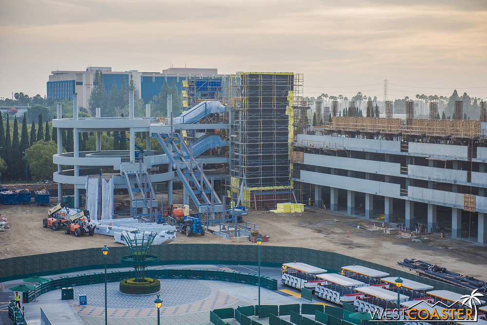 The Mickey and Friends expansion is coming along nicely, with the escalator promenade at the far end really starting to take shape as it nears topping off.
