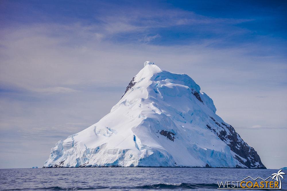 Antarctica-19_0114-B-WilheminaBay-0001.jpg