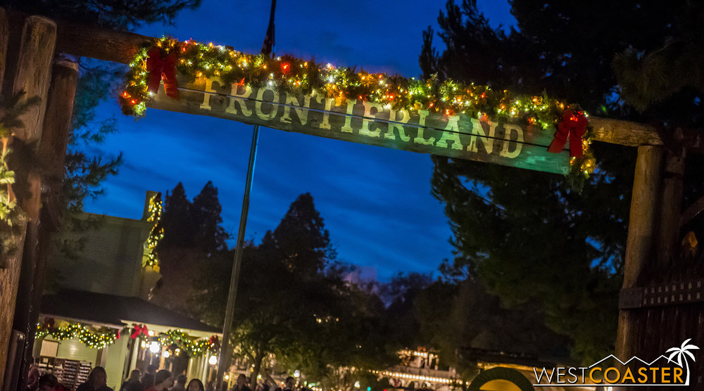 Christmas was still present last weekend in Frontierland.