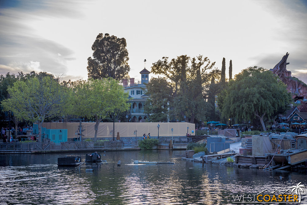 And a bit of work is going on at this planter in New Orleans Square.  So lots of little beautification projects going on throughout the park to get things spruced up in line with the opening of Star Wars: Galaxy's Edge!