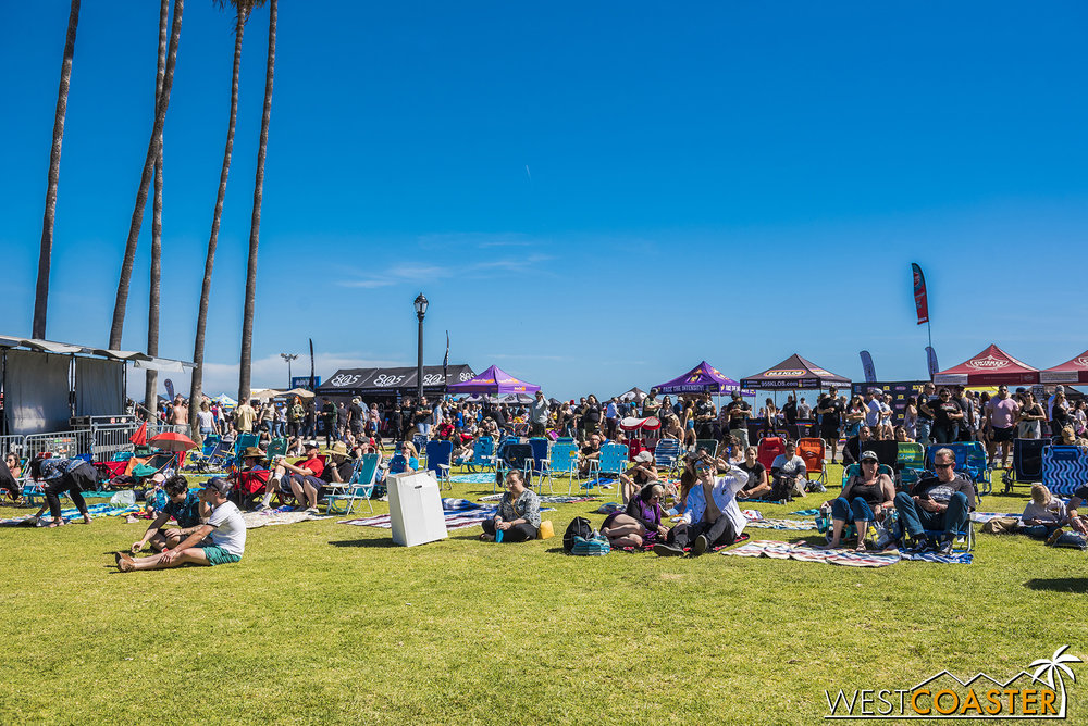 A very relaxing and easy-going vibe throughout the festival.