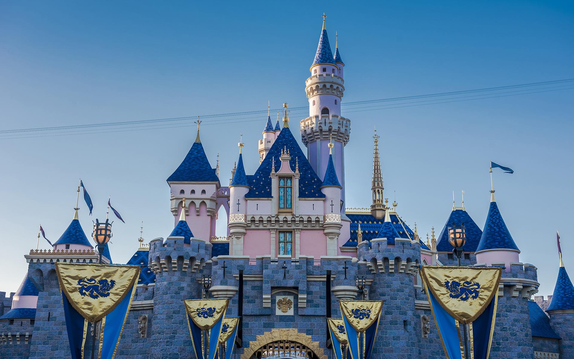Disneyland Resort Update: The Castle Returns — Westcoaster
