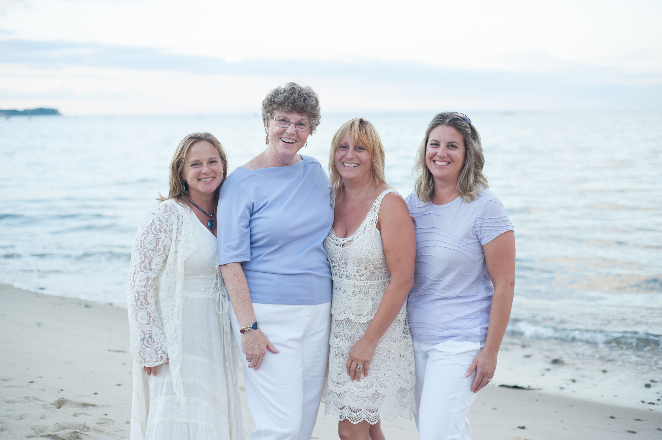 Family Photographer, Family Photographer, Family Photos, Family Reunion Photos, Family Reunion, Beach Photography, Beach Photos, Professional Photographer, Plymouth, South Shore, Portraits, Portrait Photography, Portrait Photographer