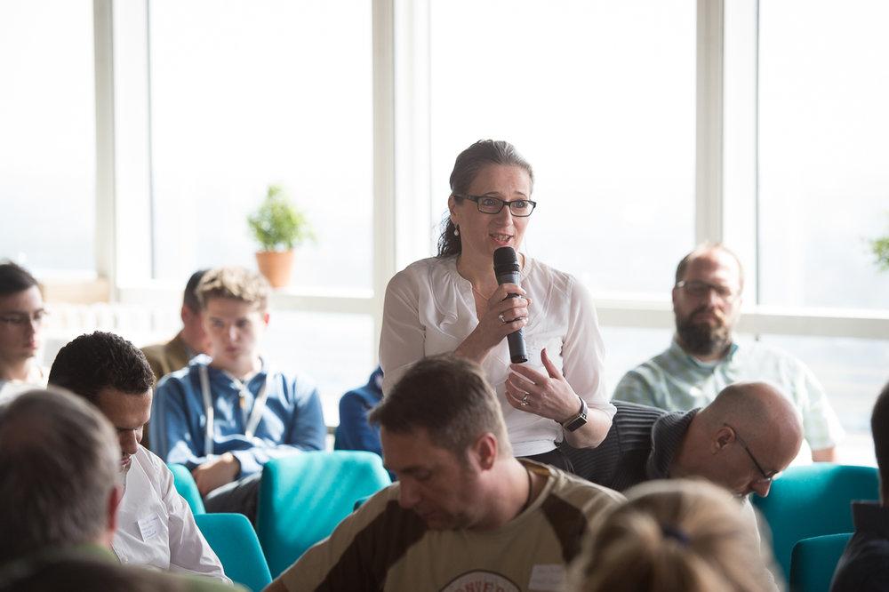 Sonja Ledinsky beim Kick-off-Barcamp am 2.4.2016 im Techgate