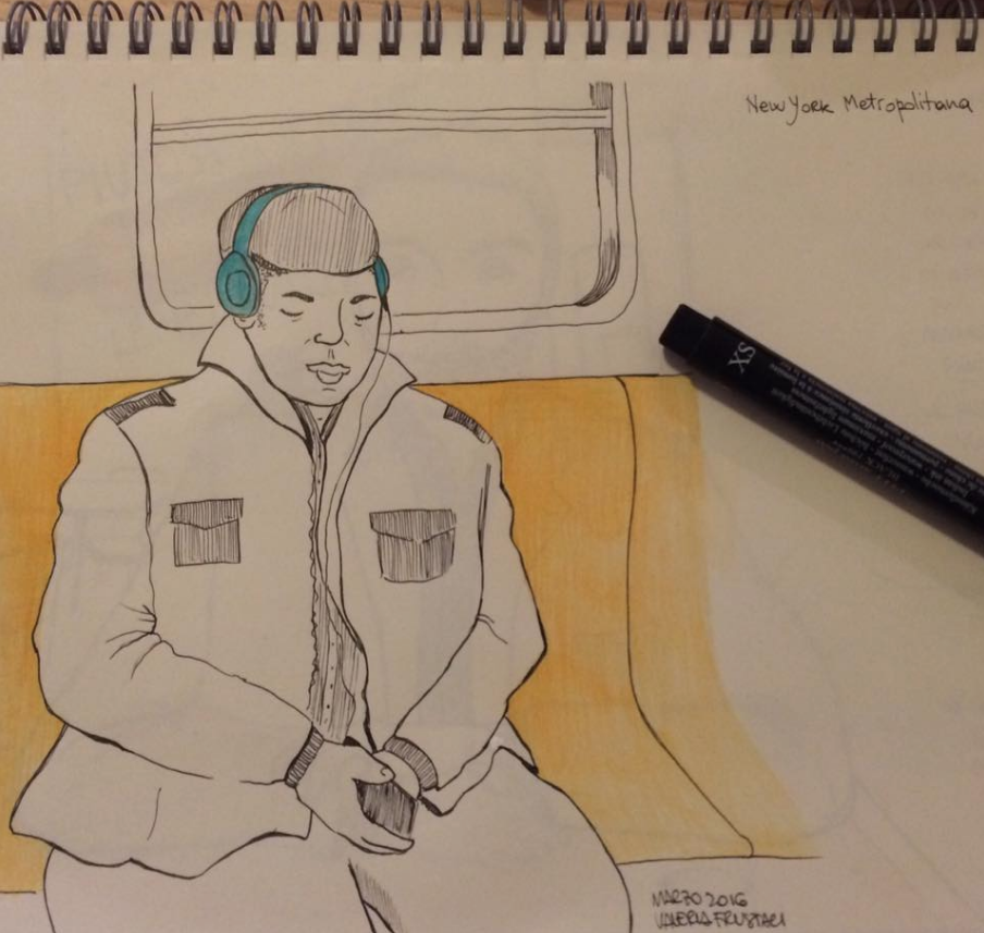 Un signore addormentato in metropolitana
