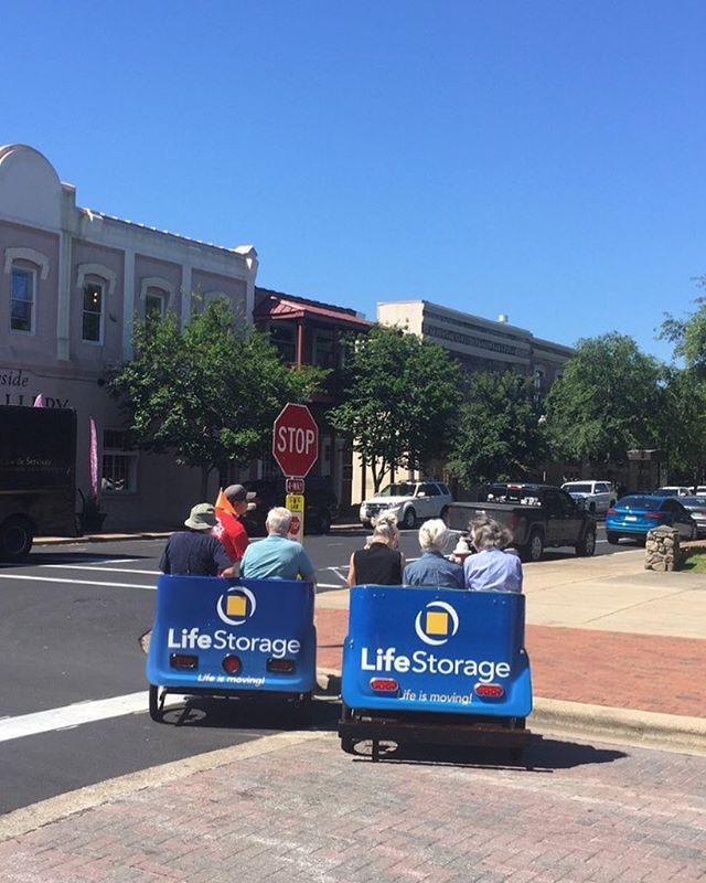Get outside and enjoy this sunshine today! Downtown tours are running all summer. Catch some Pensacola history on a pedicab! #downtownpensacola #pensacola #pedicabs #tours #upsideofflorida #pedalpower #lifestorage #lifeismoving