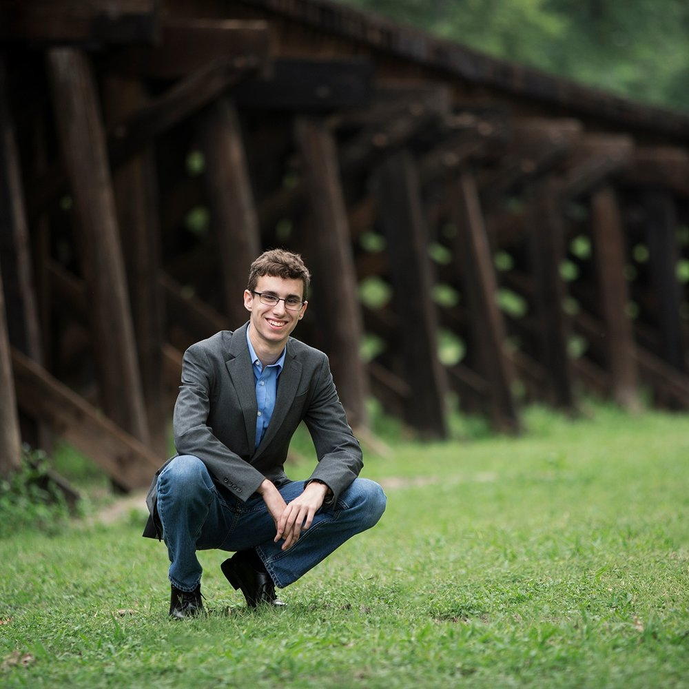 northwest-arkansas-grad-boy-photo-session-sunny-skaggs-photography002.jpg