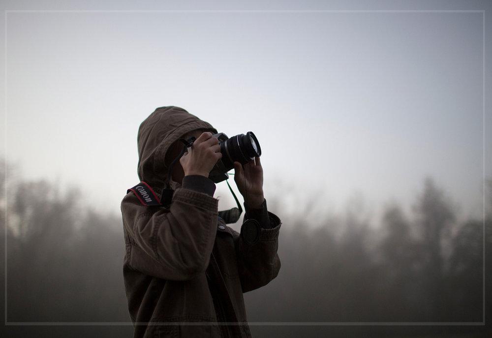northwest-rogers-arkansas-tween-young-artist-photographer-photo-session-sunny-skaggs-photography.jpg