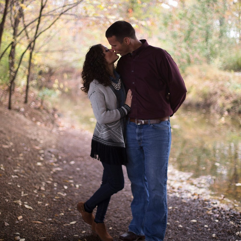 northwest-arkansas-rogers-razorback-greenway-engagement-couples-photo-session-sunny-skaggs-photography.jpg