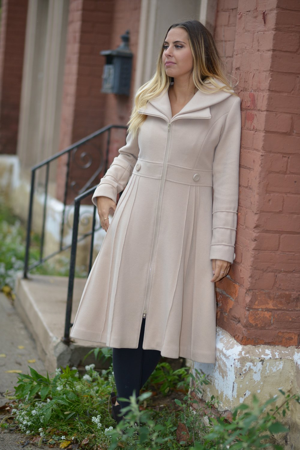 Beige Zipper Coat