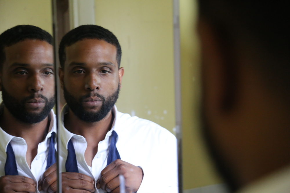 Jamal Steven DeFreitas as Mr. Thomas