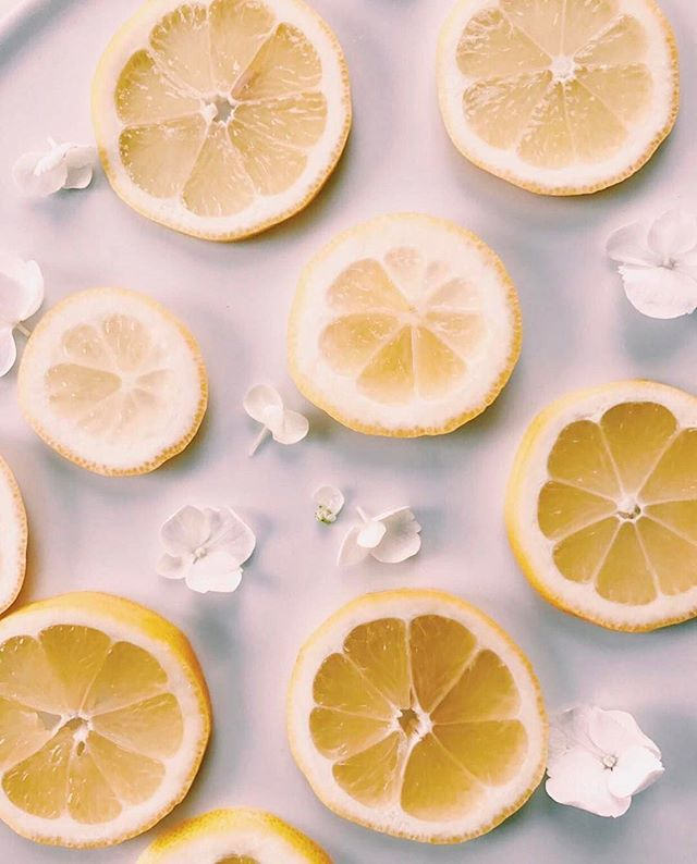 Is anyone else really inspired by citrus? Just made some lemon water, and now it's time to finish emails! Tag us in your citrus inspired photos, we want to see! Love this photo from @wanderandrose! 🍋