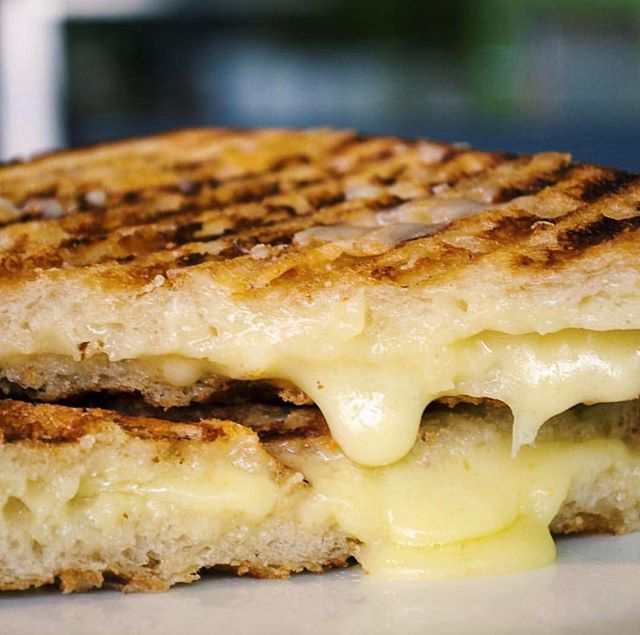 Don't need to twist our arm to celebrate #nationalgrilledcheese day! #Regram @clementinefoods