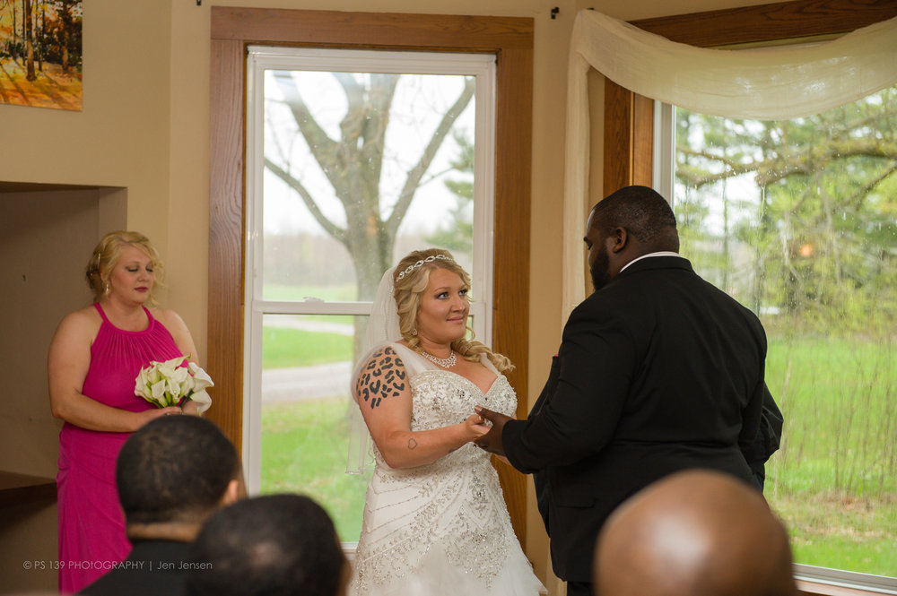 5-1067 - lacey leroy bayfield washburn wi wedding elopement.jpg