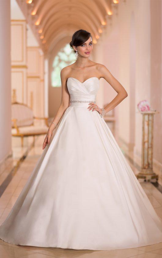 Stella york silver lace wedding dress style 6150