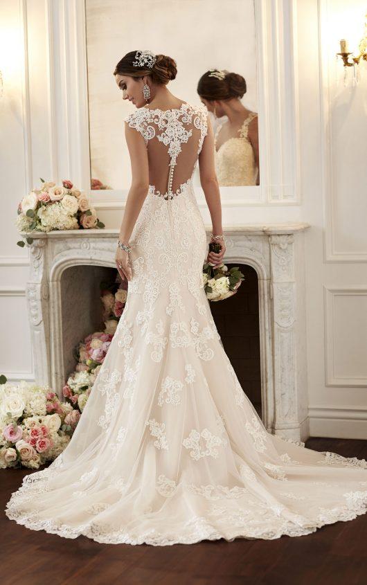 13ed7df7424b Bridal Gallery — Simply Stunning by Divas