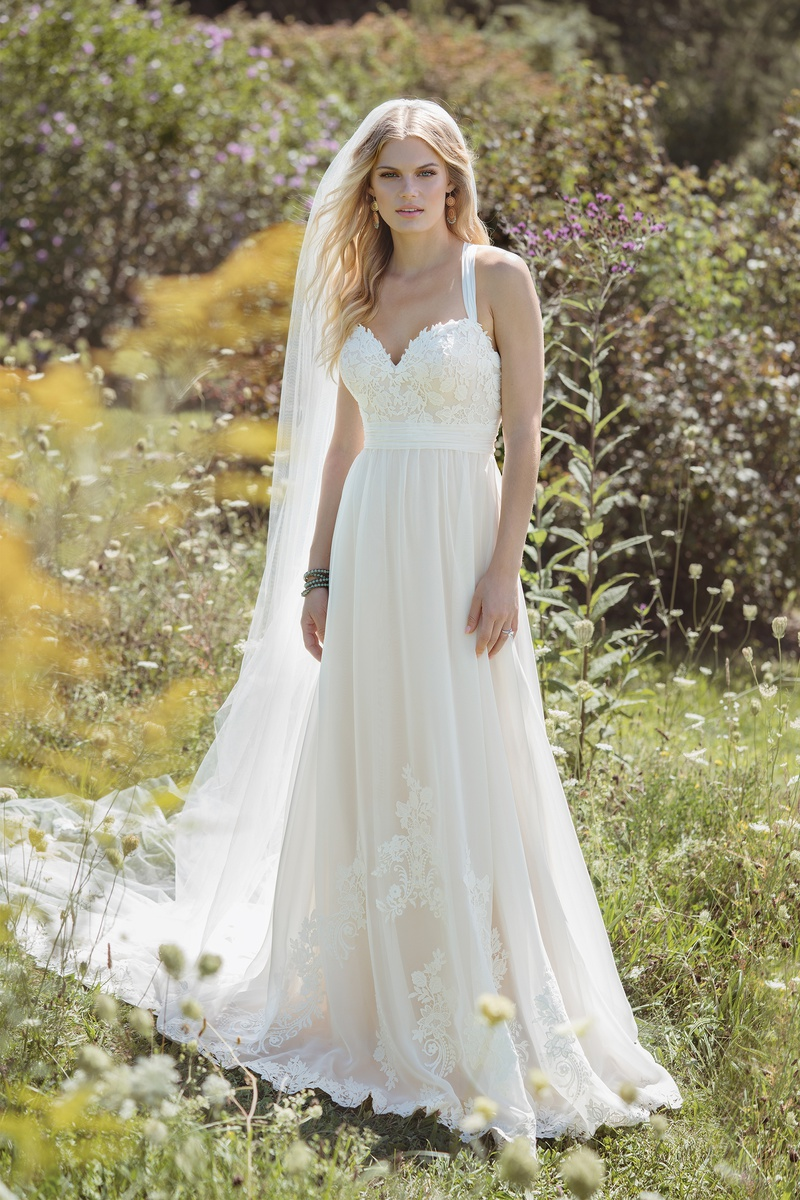 Lillian West style 6481