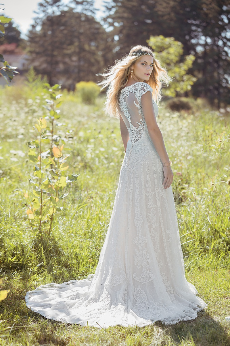 Lillian West style 6482