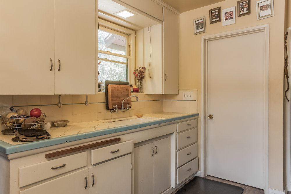 039-Guest_House-1758118-medium.jpg