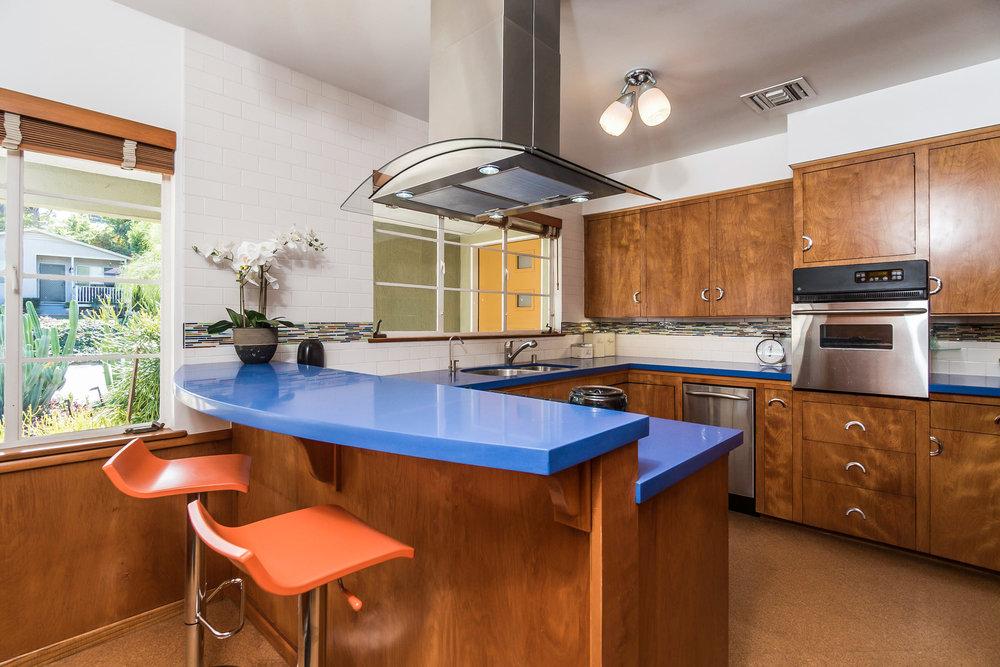 020-Kitchen-5028014-medium.jpg