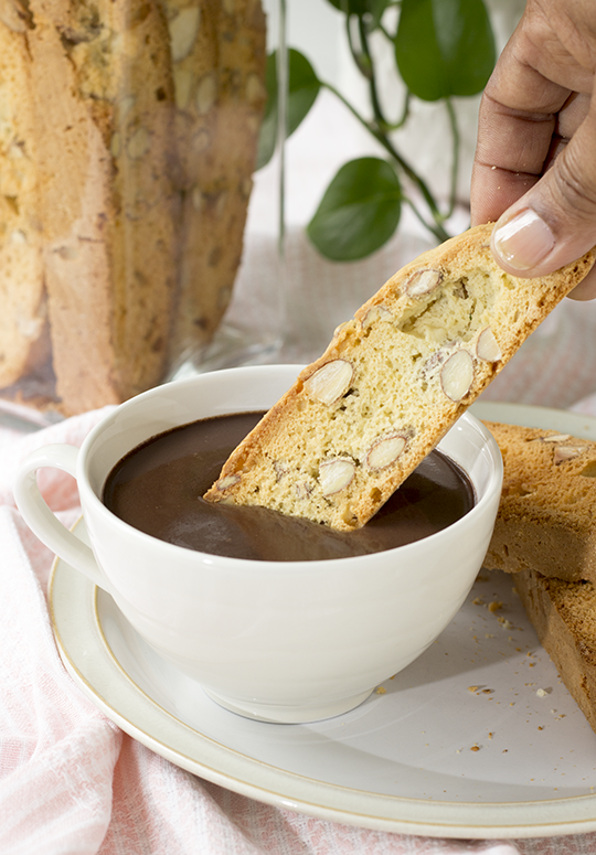 hot-chocolate-and-biscotti.png
