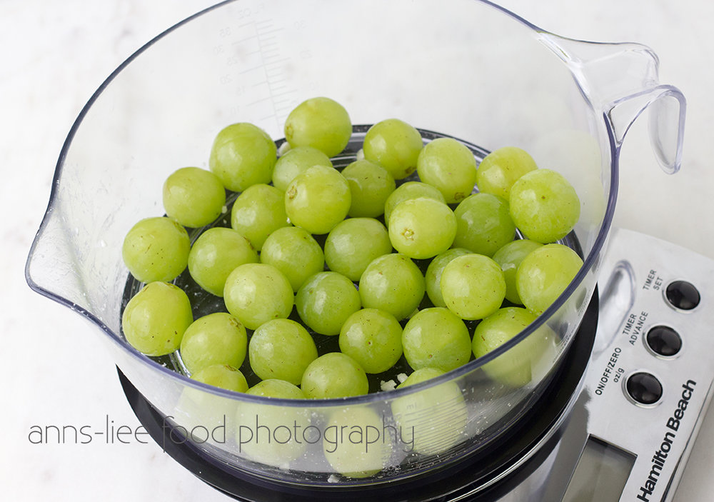 green-seedless-grapes.jpg