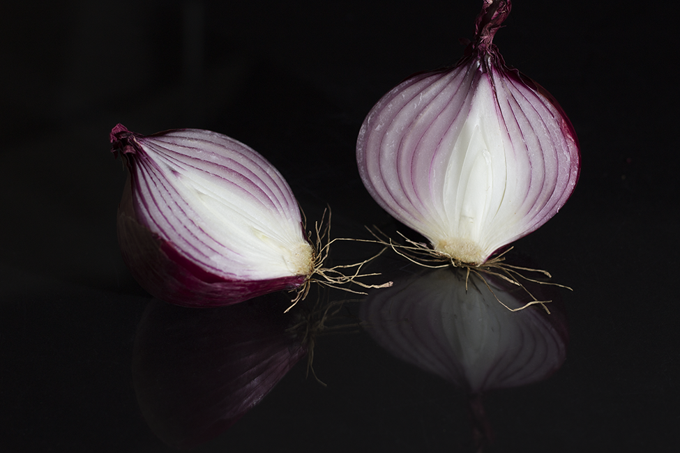 Red Onion-Reflection 1829.png