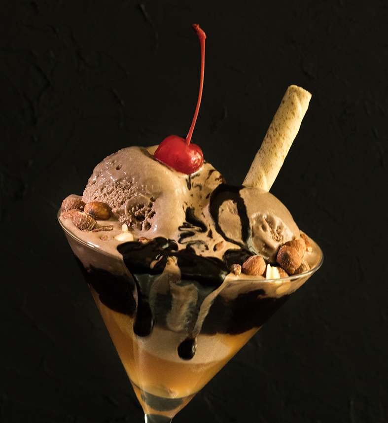 Chocolate Ice Cream Sundae4-2487.jpg