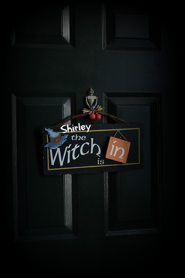 Witch Shirley is in Plack_3371.jpg
