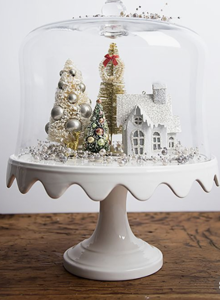 Christmas vignette on a cake stand   source
