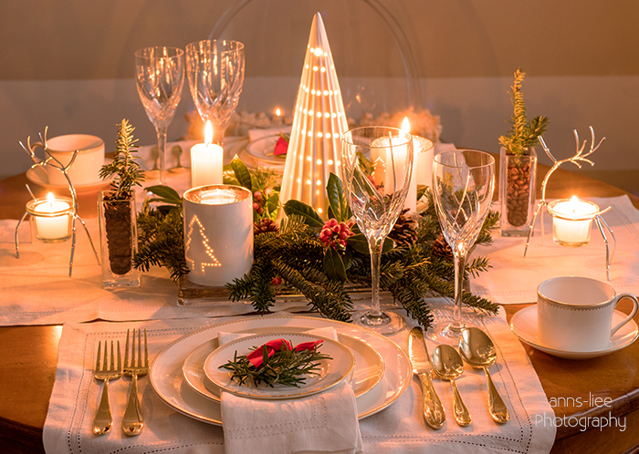 Christmas tablescape with centerpiece
