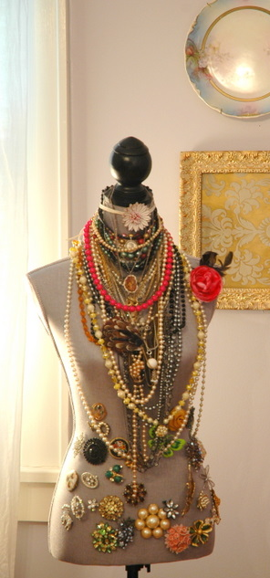 source    for image of a manikin displaying jewelry