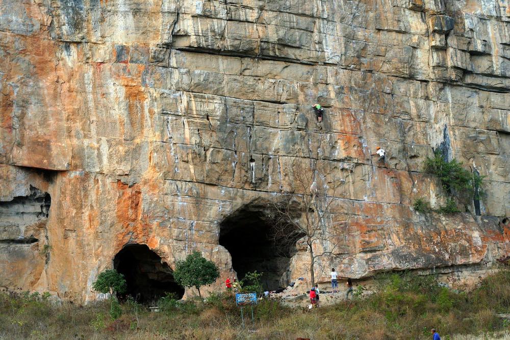 Climbing at Twin Gates