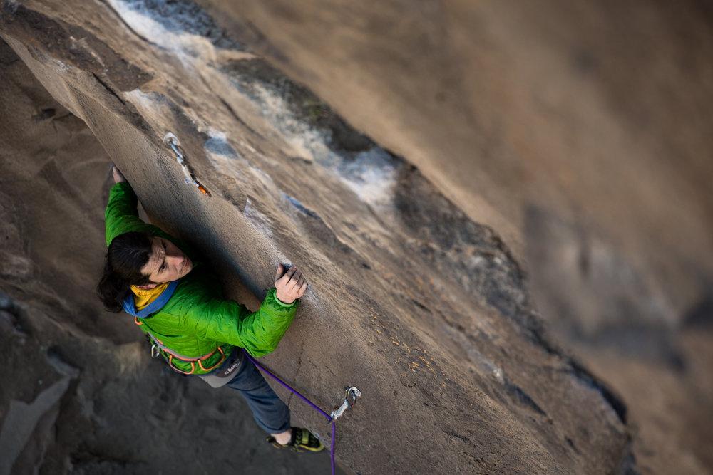 Juan Rodriguez, Northern Point, Smith Rock. Photo by Nicole Wasko, @nicole_wasko