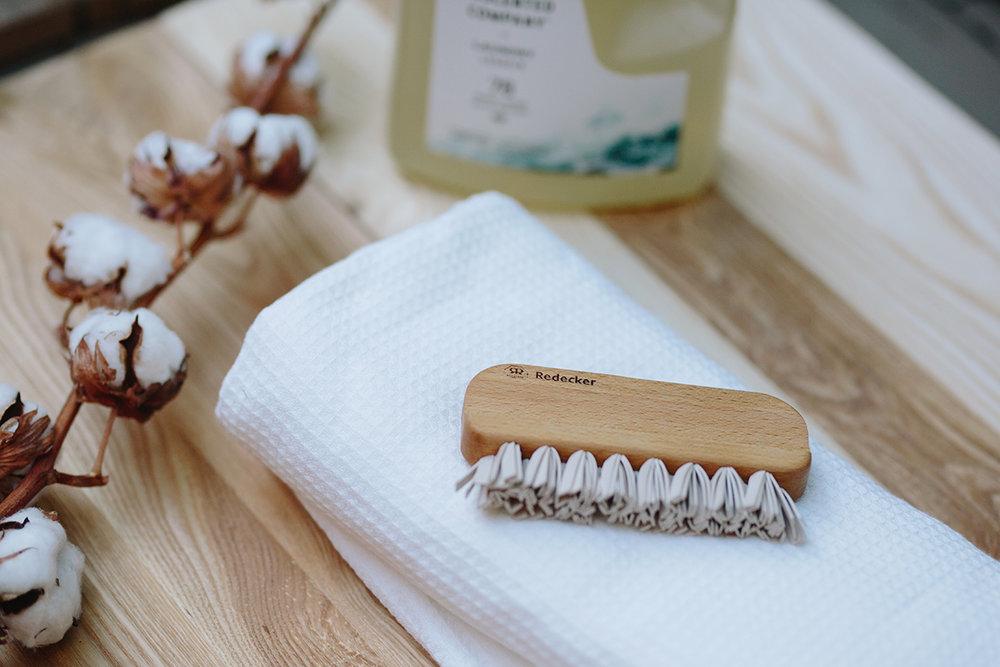 ....Redecker Lint Brush..Brosse anti-peluche Redecker....