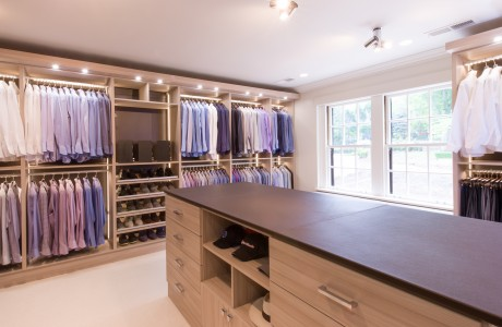 Cassini Beach Walk-In Closet