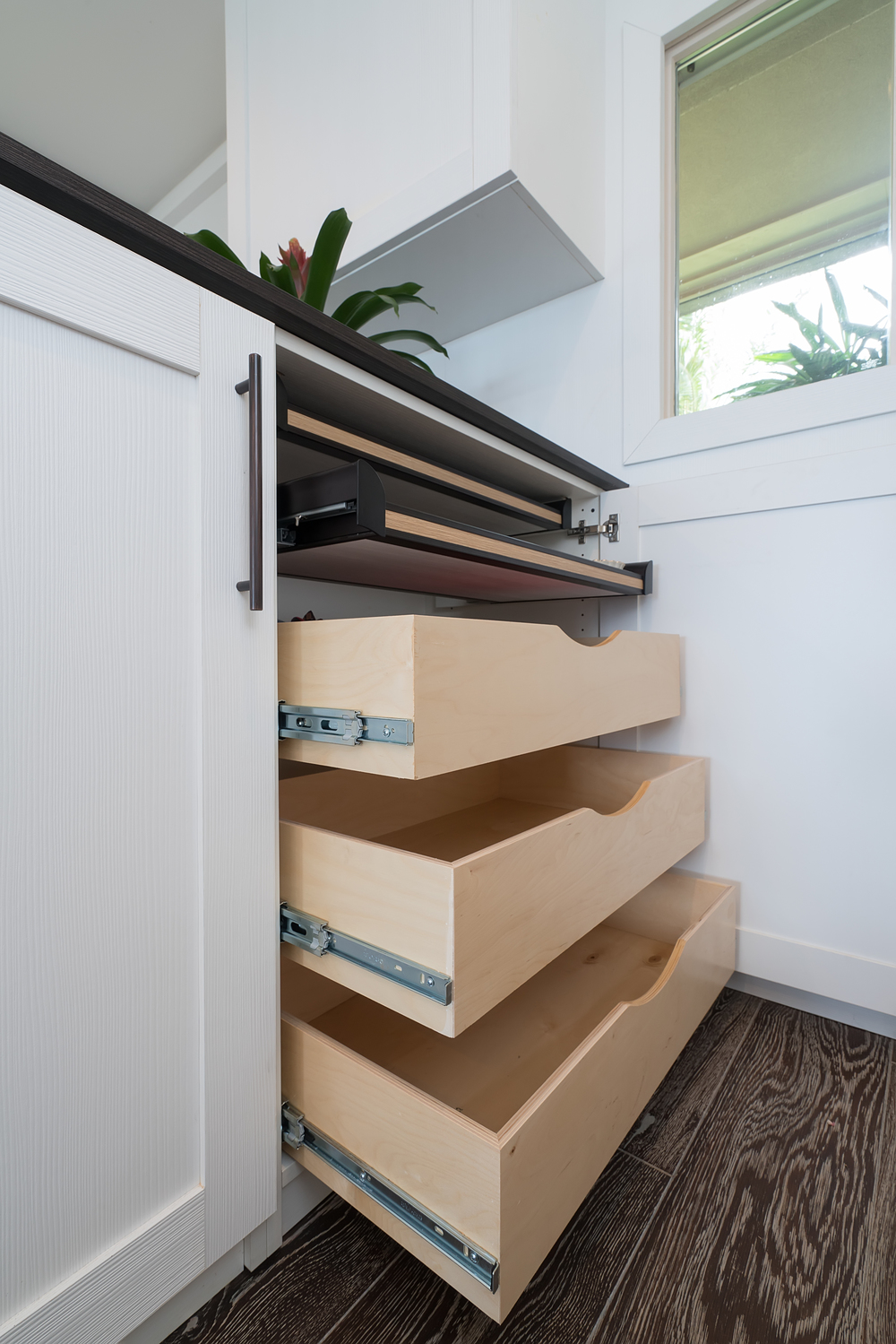 Pull-Out Drawer Storage