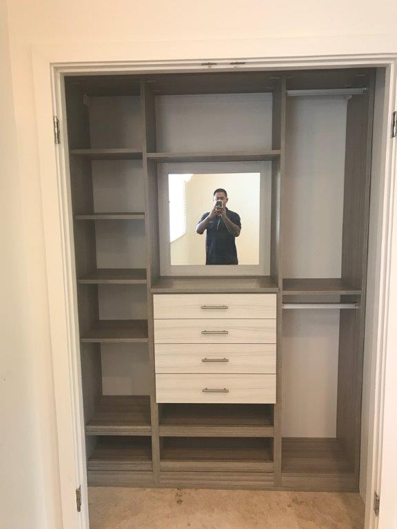 Delicieux Stratos Reach In Closet With Tuscan Moon Drawer Faces And Custom Mirror