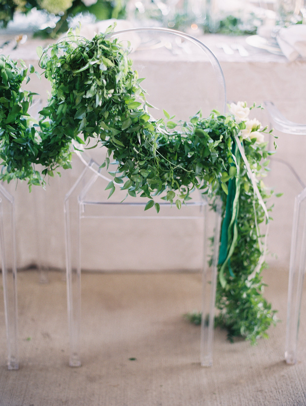 Green and white castle wedding inspiration by Columbus, Ohio wedding planner Meggie Francisco. Photo by Allen Tsai.