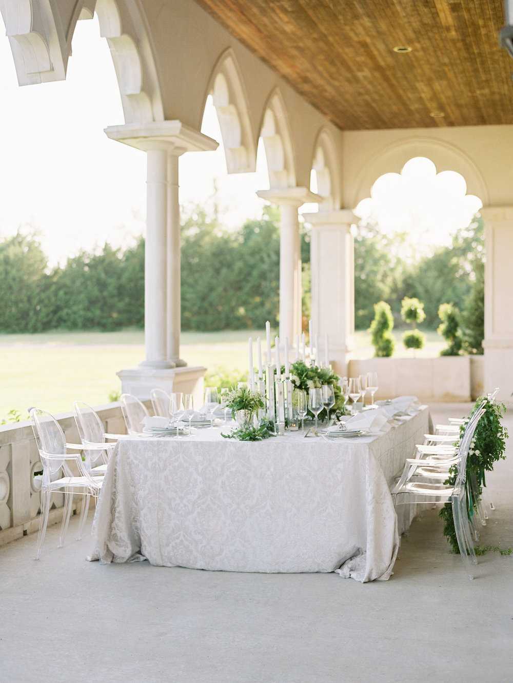 Green and white castle wedding inspiration by Columbus, Ohio wedding planner Meggie Francisco. Photo by Heather Moore.