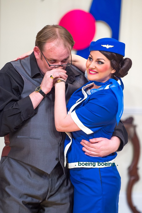 Fred-Broom-Sarah-Mahony-Boeing-Boeing-Queens-Theatre-Hornchurch-2015.jpg