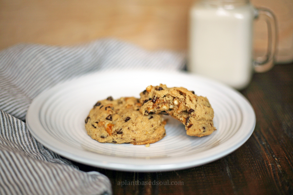 big fat vegan chocolate chip pretzel cookies